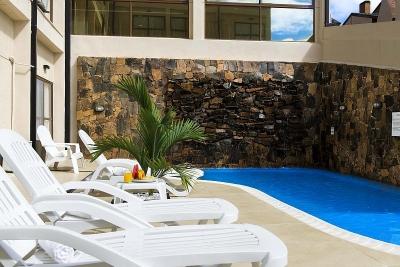 Arami Hotel & Lodge